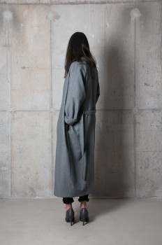 http://www.theslowissue.com/files/gimgs/th-82_theslowissue2016_coat_Ellen_02_NEW_s.jpg